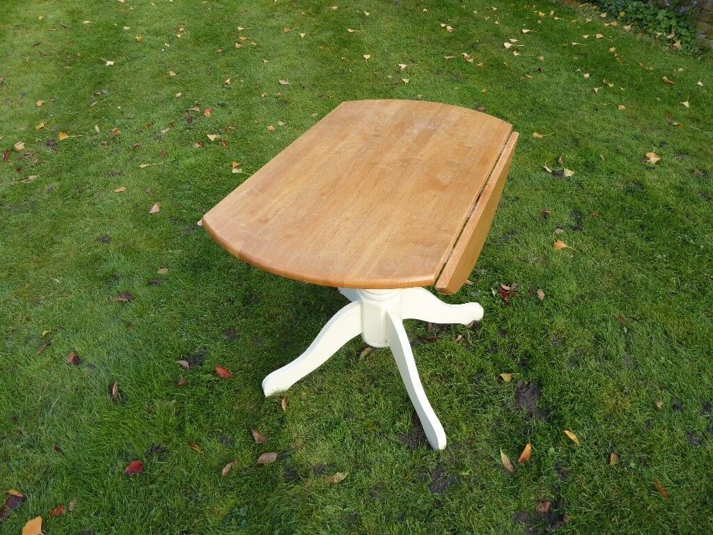 Circular Pine drop leaf Table with central tripod leg 90cmx74cm in height