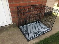 2 DOOR HEAVY DUTY DOG CRATE, 30 INCHES LONG, 22 INCHES WIDE AND 24 INCHES TALL
