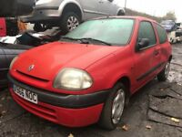 Renault Clio 2000 1.2 petrol 3dr Red - Wheel Bolt - Breaking For Spares Also