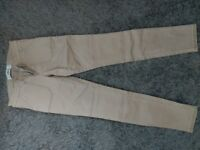 Trousers. Hollister. New. Size 0 / w24