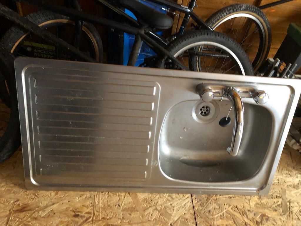 Kitchen sink and tap | in Milngavie, Glasgow | Gumtree