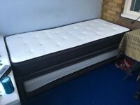 Mark & Spencer Extendable Single Bed to Double