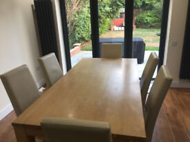 Oak Dining Table and 6 Chairs