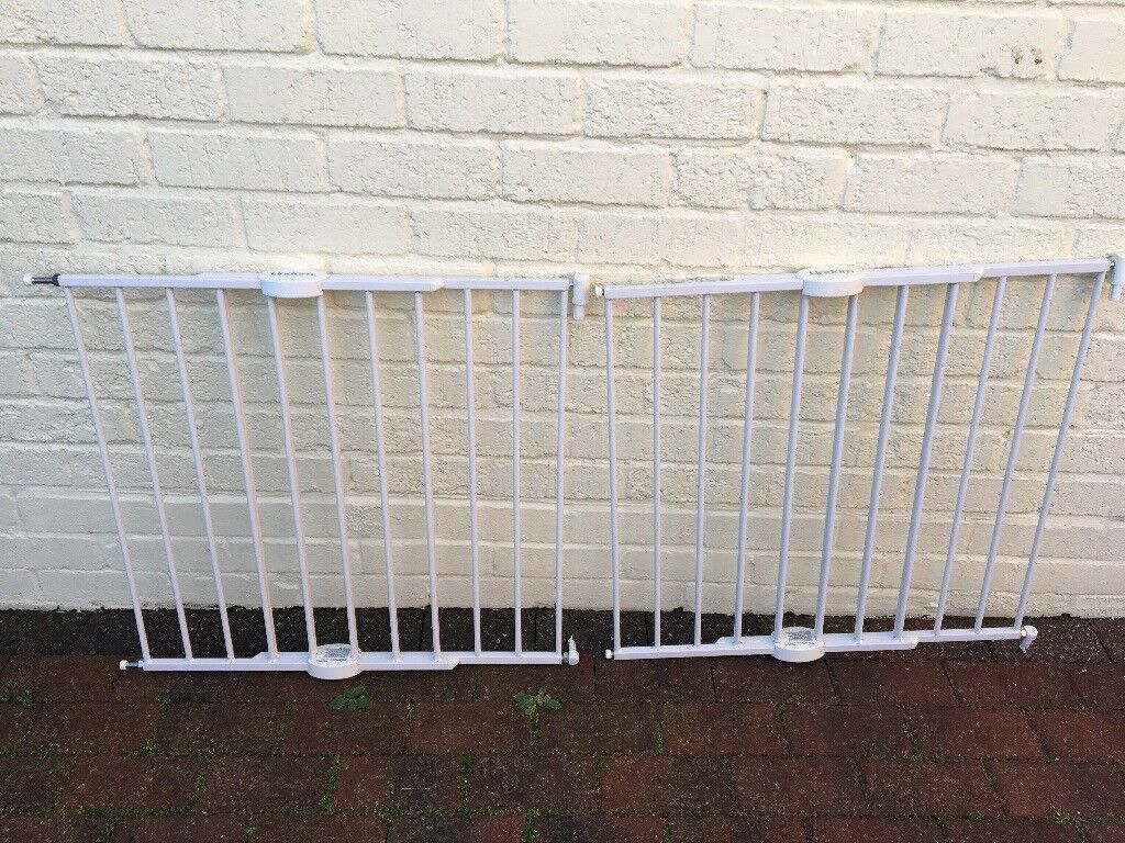 Lindam easy fit push to shut safety gate review safety gates.