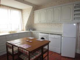 Newly Decorated Top Floor 3 bedroom Flat in Fraserburgh Town Centre