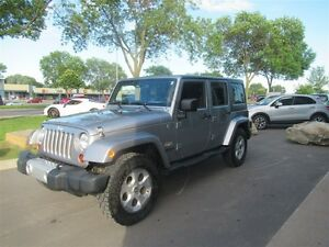 2013 Jeep WRANGLER UNLIMITED Sahara*2 TOPS*NAV*