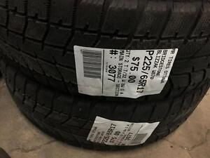 225/65/17 Bridgestone Blizzak WS70 *Winter Tires*