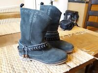 Coolway Boots in size 3