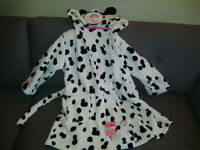 NEW Girls Dressing Gown size 3-4 Years still with price tags (Marks and Spencer)