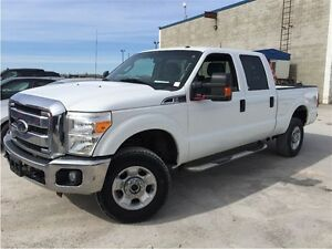 2011 Ford F-250 SUPER DUTY CREW CAB! 4X4!