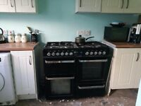 Double oven 8 burner cooker for sale. ****£250 ono****