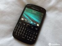 Blackberry 9720 - Black - (Vodafone)