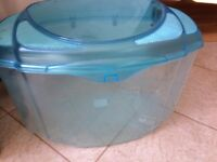 Plastic fish tank with lid and air holes - ideal for goldfish or for insects