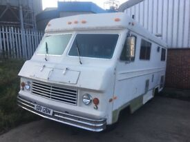 Classic American Motorhome, Kings Highway .dodge 440/727 .10 months MOT, drives lovely, Lpg.