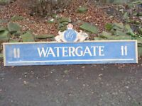 Vintage 'watergate' sign