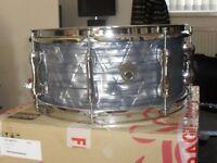sakae trilogy 14x6.5 snare drum in pearl sky blue,brand new in box