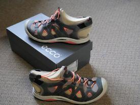 Ladies closed toe walking sandals, European size 38