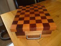 Solid woodblock cutting block/knife storage box