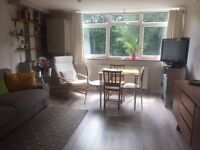Rickmansworth: Spacious, Light, Airy Room to Rent