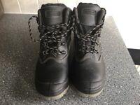 Black rock men's boots size 9 steel toecap.