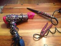 Cosmopolitan hairdryer, wand and straightners