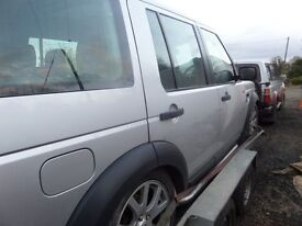 BREAKING LAND ROVER DISCOVERY 3 2005 2.7 V6 AUTOMATIC SILVER CAR NO BODY DAMAGE.