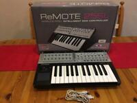 Novation - Remote SL 25 midi controller