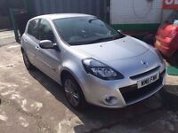 2011 RENAULT CLIO 1.6 DYNAMIQUE AUTOMATIC. NAVIGATION 1 OWNER FROM NEW £500 DEPOSIT £102 X 48 MONTHS