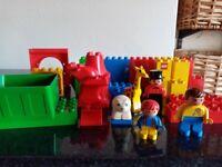Mixed lot of lego duplo bricks, fig, etc