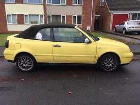 Vw golf convertible in yellow