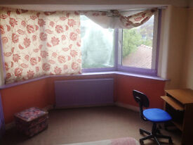One Double Bed Room for rent in a Spacious House Share All Bills Inclusive