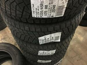 225/65/17 Bridgestone Blizzak DM-Z3 *Winter Tires*