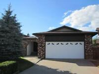 Large 1652 sq/ft Home in Quiet Court Setting in Camrose