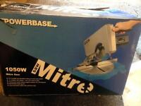 Power base 1050w mitre saw