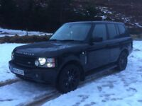 Range Rover Vogue 4.2L Supercharged Black High Spec Low Mileage