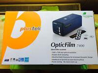 Plustek OpticFilm 7400 Film 35mm Scanner and Slide Scanner