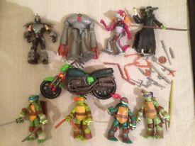 Ninja Turtle Figure Bundle x 8 & motorbike CAN POST