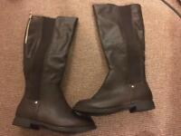 Dorothy Perkins knee high boots size 5