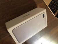 Iphone 7 plus 128 GB - Silver (Like new condition)