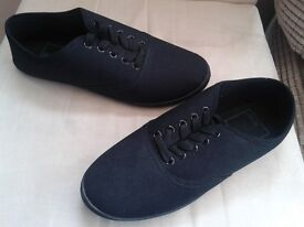 Asos men's black pumps, size 6, unworn, as new, paid £9.99 selling for £3
