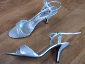 New Look silver sandals size 4