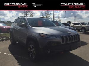 2016 Jeep Cherokee Trailhawk V6 w/ cold weather group!
