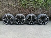 REDUCED -top quality very expensive (RRP £1,700.00) 22 inch 5/108 HAWKE alloy wheels for range rover