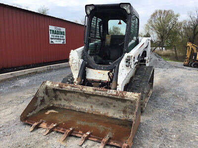 2016 Bobcat T550 Compact Track Skid Steer Loader w/ Cab Only 1400 Hours!!