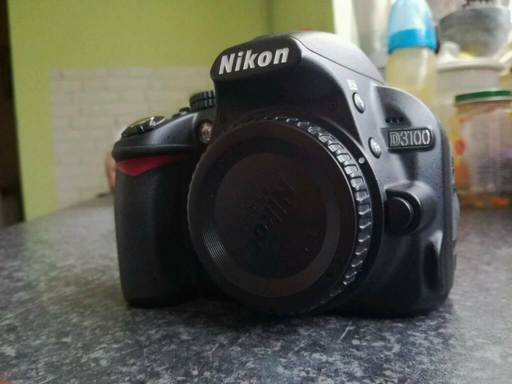 Nikon D3100 dslr body only Excellent condition. SOLD!!!!