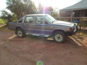 ford courier 1997 x 2