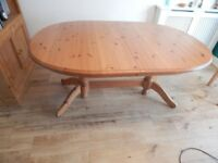 Solid Pine Dinning Table & 6 Pine Chairs