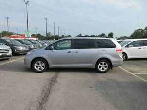 2012 Toyota SIENNA LE FWD