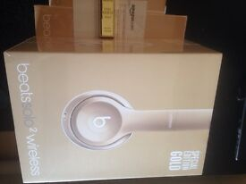 Beats by Dre - Solo 2 Special Edition Gold - Brand new boxed!