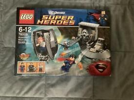 BNIB Lego DC Superheroes 76009 Superman Black Zero Escape